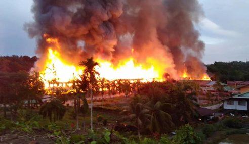Rumah Panjang Terbakar, 407 Hilang Tempat Tinggal