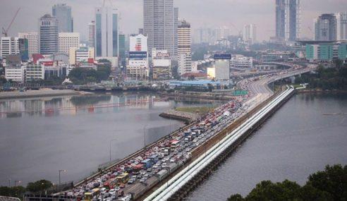 Polis Ambil Tindakan Warga Singapura Liat Bayar Saman