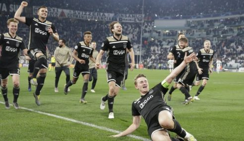 Ajax Tumbangkan Gergasi Turin