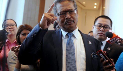 Mohamed Apandi Dakwa Dipujuk Tangkap Najib