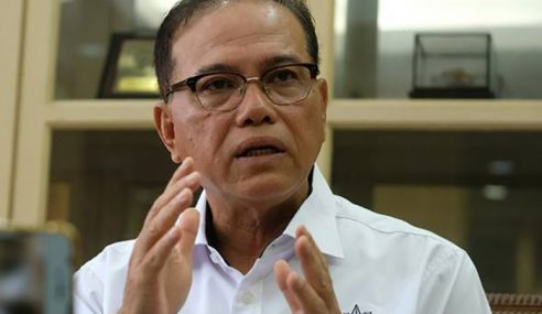 Penjawat Awam Pahang Terima Duit Raya RM600