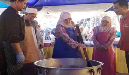 Air Tangan Permaisuri Untuk Rumah Tengku Budriah
