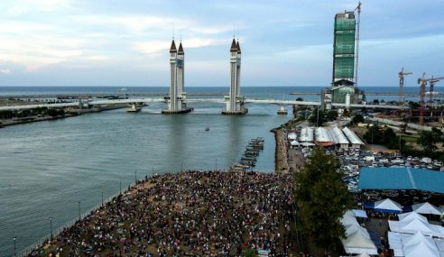 Jambatan Angkat Bawa Limpahan Ekonomi Rakyat