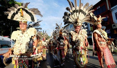 Penduduk Sarawak Sambut 'Gawai Raya' Tahun Ini