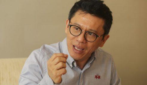 Hanya Wayang Politik Kit Siang
