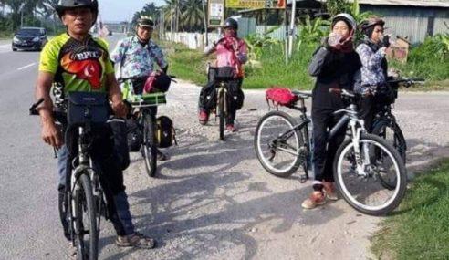 4 Beranak Kayuh Basikal 12 Jam Pulang Beraya