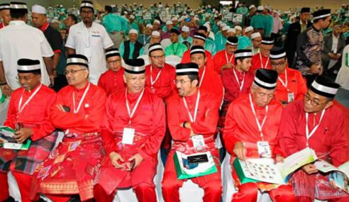 Kepimpinan UMNO, Meriahkan Muktamar Tahunan PAS