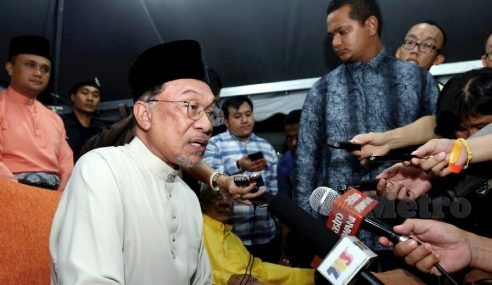 Anwar Tuntut Mahathir Perjelaskan Perlantikan Koya