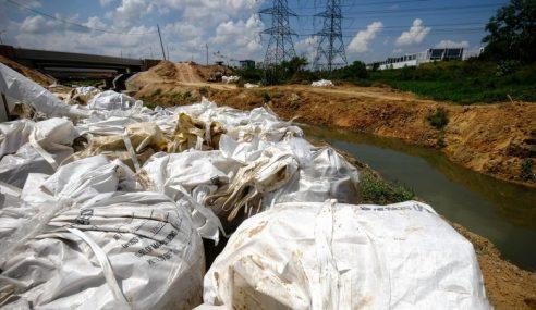 Sisa Bahan Kimia Sungai Kim Kim Tak Dihapus Sepenuhnya