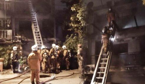 3 Sekeluarga Maut Rumah Terbakar