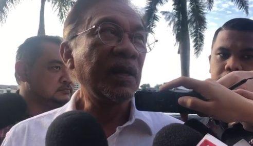 Azmin Tidak Hadir Mesyuarat Biro Politik PKR