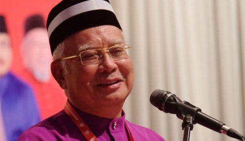Mahathir Punca Parti Melayu Banyak – Najib