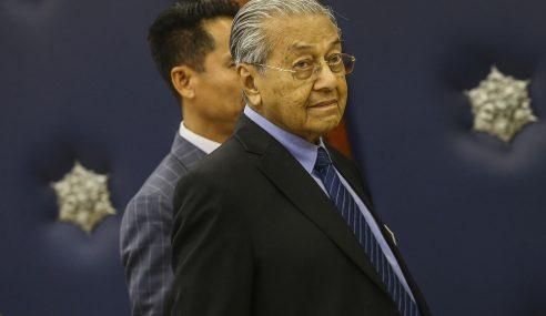 Video Seks: Mahathir Yakin Wujud Komplot Jatuhkan Azmin