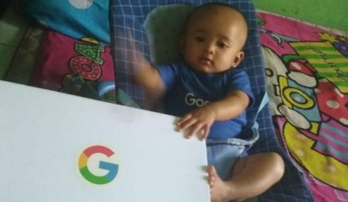 Bayi Bernama Google Terima Hadiah Daripada Google