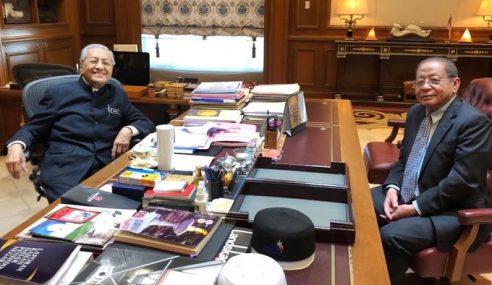 """""""Saya Tidak Pernah Kata Mahathir Korup"""" – Kit Siang"""