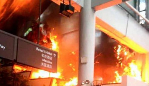 Eskalator Resort World Genting Highlands Terbakar