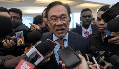 Anwar Ibrahim Terkejut Farhash Ditahan Polis