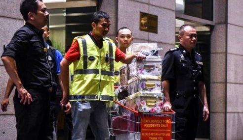 Najib, Rosmah Bantah Pihak Ketiga Tuntut Harta Disita Polis