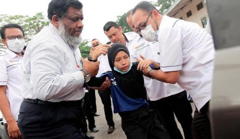 273 Pelajar, 3 Guru Menjadi Mangsa Pencemaran Semalam