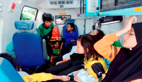 39 Pelajar Dari 5 Sekolah Pasir Gudang Sesak Nafas, Muntah
