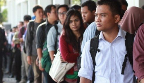 Pengangguran Belia Fenomena Biasa – Mahathir