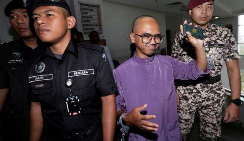 Wan Ji Dakwa Dipukul Warden Dalam Penjara