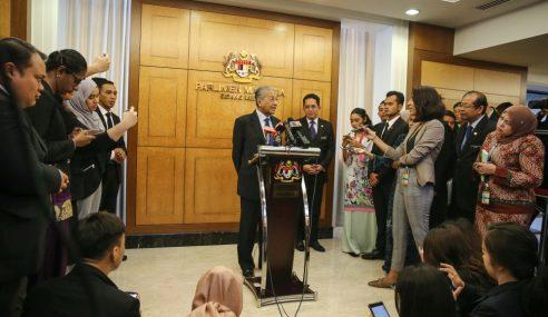 Had Umur Belia: Kerajaan Ingin Tahu Alasan Johor