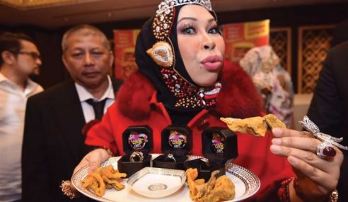 Vida Pamer Barang Kemas Pilihan Aishah Bernilai RM80,000