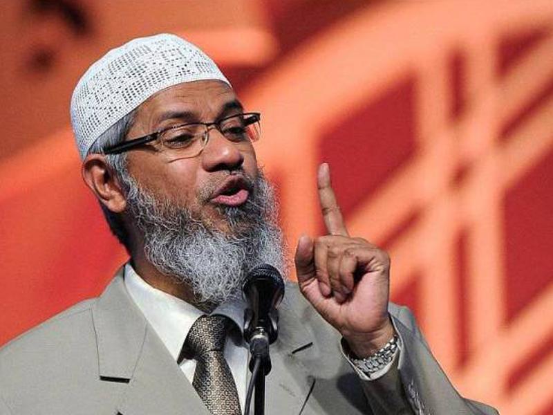 Zakir Naik Hanya Satu Di Dunia Pakar Ilmu Banding Agama