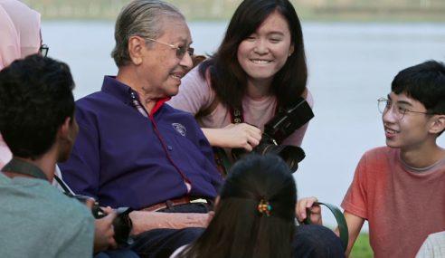 Mahathir Minta Rakyat Jaga Sensitiviti Kaum