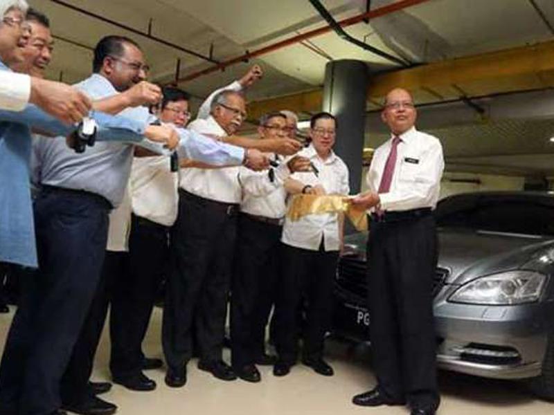 Kerajaan Pulau Pinang Beli 15 Toyota Camry Baharu