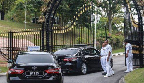 4 Exco Bukan Islam Menghadap Sultan Selangor Hari Ini