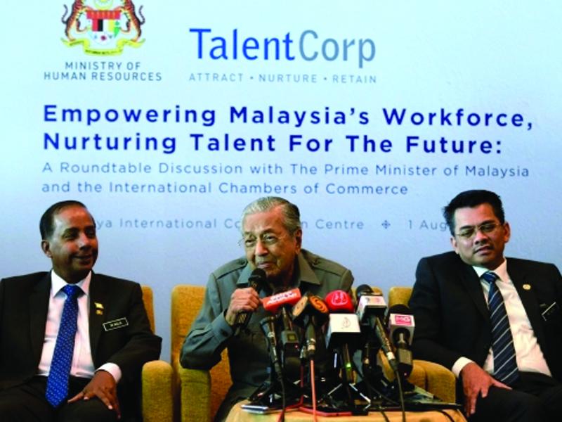 Mahathir Sahkan Ada Bertemu Pemimpin Pembangkang
