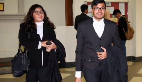 Permohonan Najib, Isteri Dan Anak Periksa Barang Disita 14 Oktober