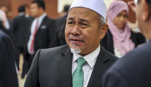 PAS Saran Gugurkan Guan Eng Jika Mahathir Rombak Kabinet