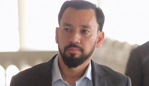 Amhari Ragu-Ragu Jho Low Penasihat Sultan Mizan