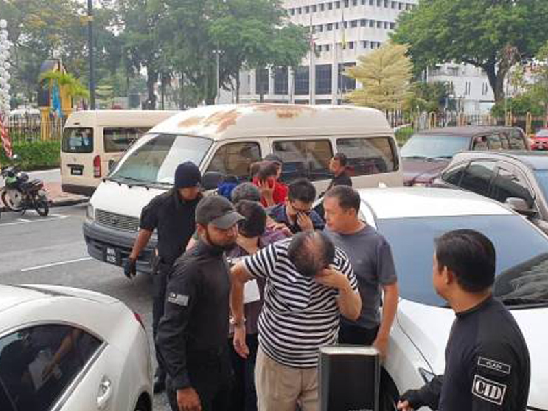 Penolong Pengarah JPN P.Pinang Berdepan 11 Tuduhan Kes Jual MyKad