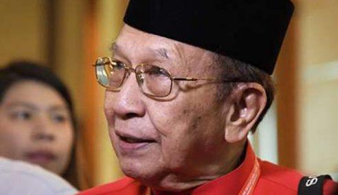 Rais Bantah Caj Bank Di Kaunter, CDM