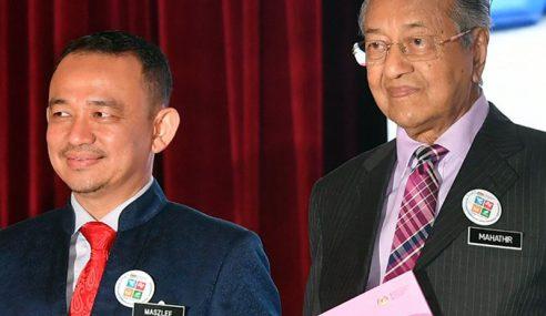 Maszlee Kekal Menteri Pendidikan, Tiada Rombakan Kabinet