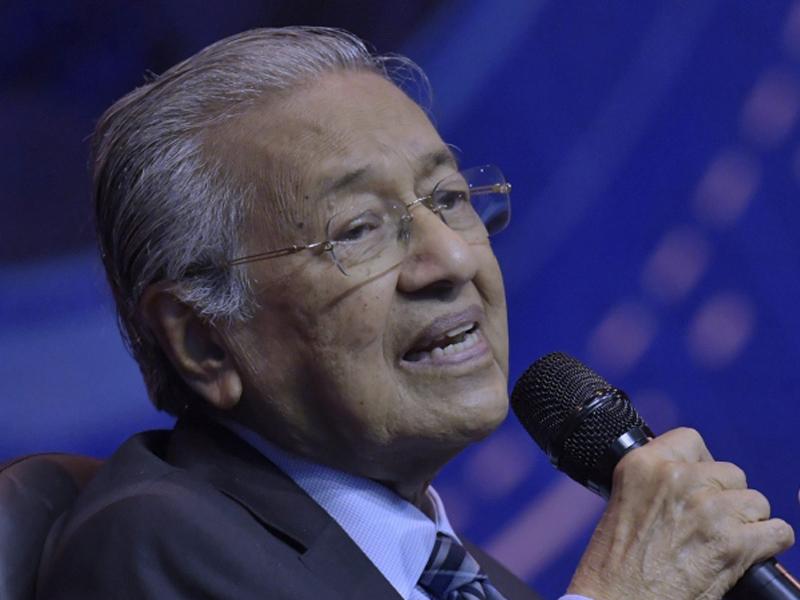 Tiada Keperluan Lanjut Had Umur Bersara 65 Tahun – Mahathir