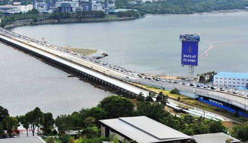 Laluan Khas Pengundi Di Singapura Balik Mengundi