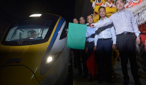 KTMB Bakal Perkenal Koc Kelas Perniagaan Dilengkapi Pramugari