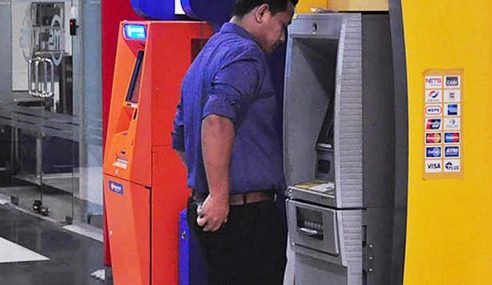 Kumpulan Bank Pertahan Caj 50 Sen, Galak E-Banking