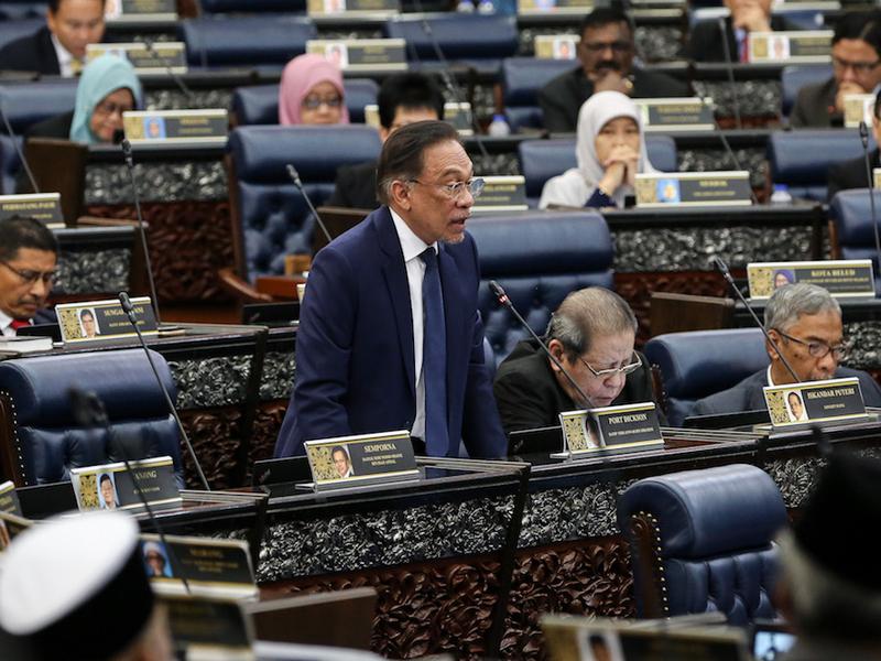 Menteri Kewangan Tidak Semestinya Melayu – Anwar