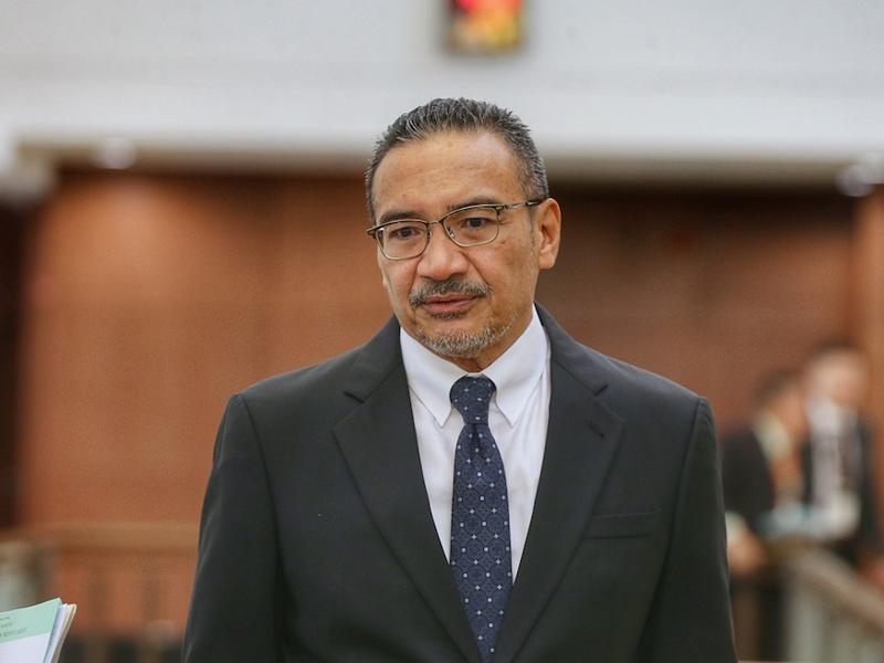 Kerajaan 'Pintu Belakang' Tanyalah Mahathir – Hishammuddin