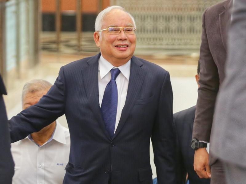 Jangan Jual Aset Negara Sampai Bersih Licin – Najib