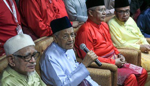 Kerajaan Pimpinan Melayu Hari Ini Tak Kuat Kemelayuan