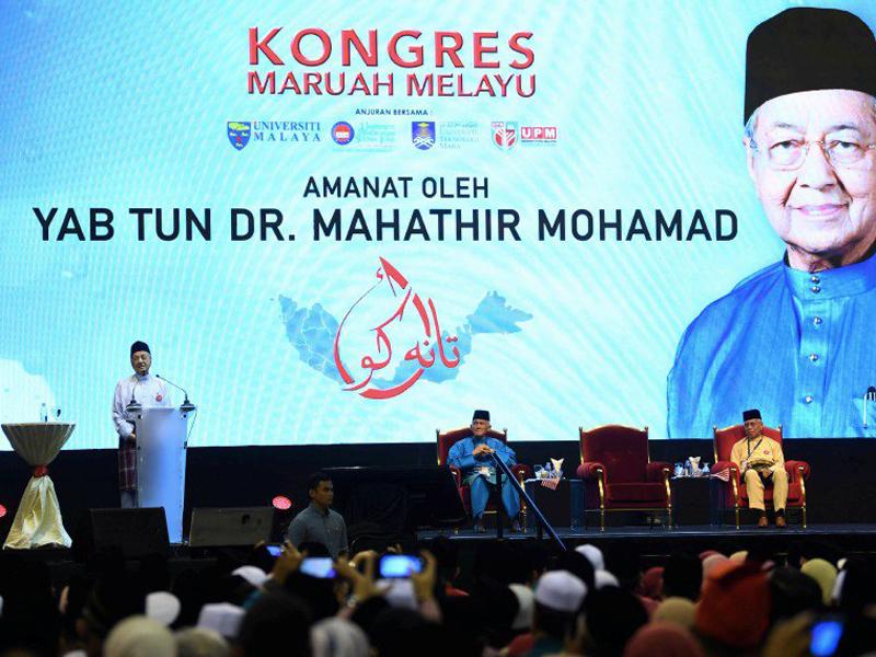 Orang Melayu Malu Terima Gaji RM1,100 Sebulan Tetapi…