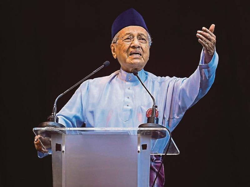 Mahathir Kesal Melayu Dilabel Rasis