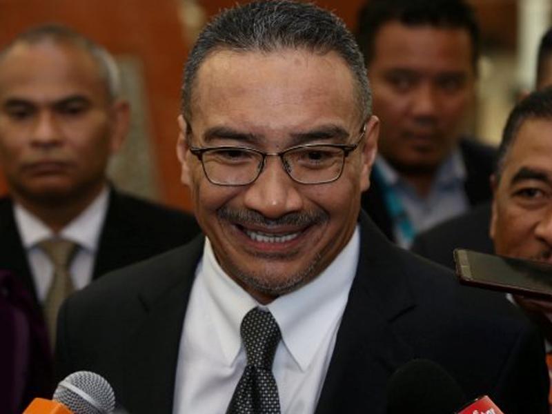 """""""Nak Kempen Apa, Pilihan Raya Bukan Esok"""" – Hishammuddin"""